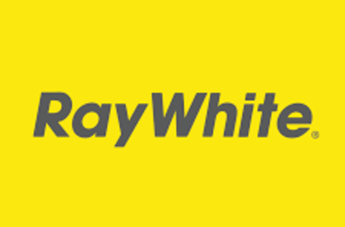 yellow square with Ray white written inside